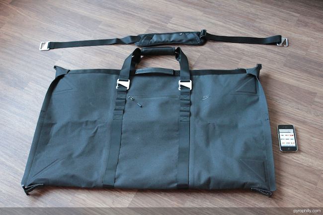 Nike Eugene duffel Flat with strap detail